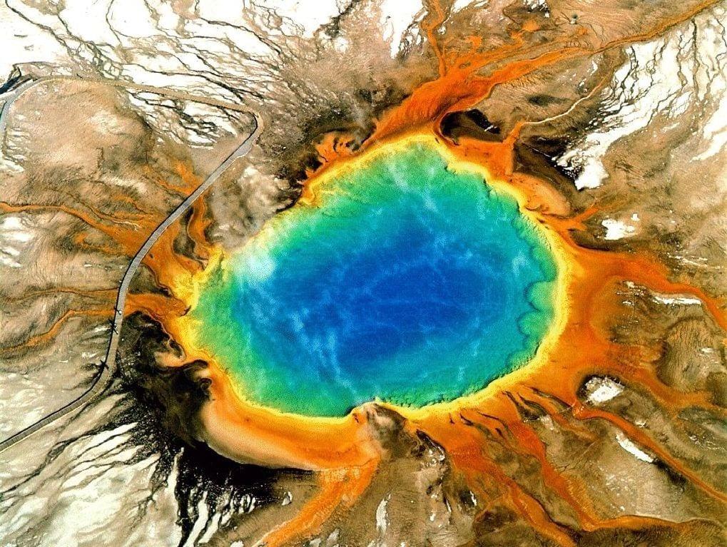Yellowstone, 170 terremoti in un mese: vulcanologi preoccupati