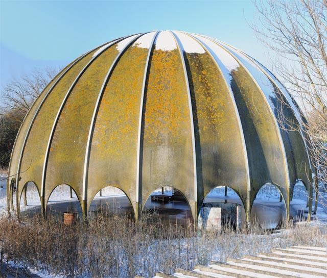 Il Woodpecker, una discoteca abbandonata degli anni '60