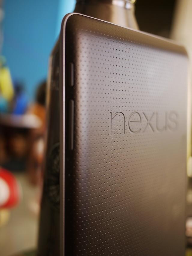il retro del Nexus 7