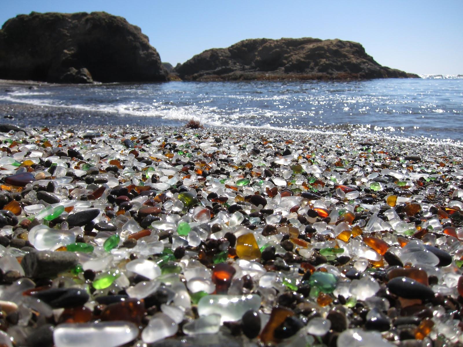 Glass Beach: La spiaggia di vetro