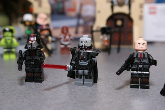 Sith Inquisitor Fury Class miniatures
