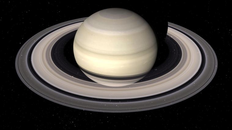 Saturno: magnifico intruso tra le stelle di Primavera