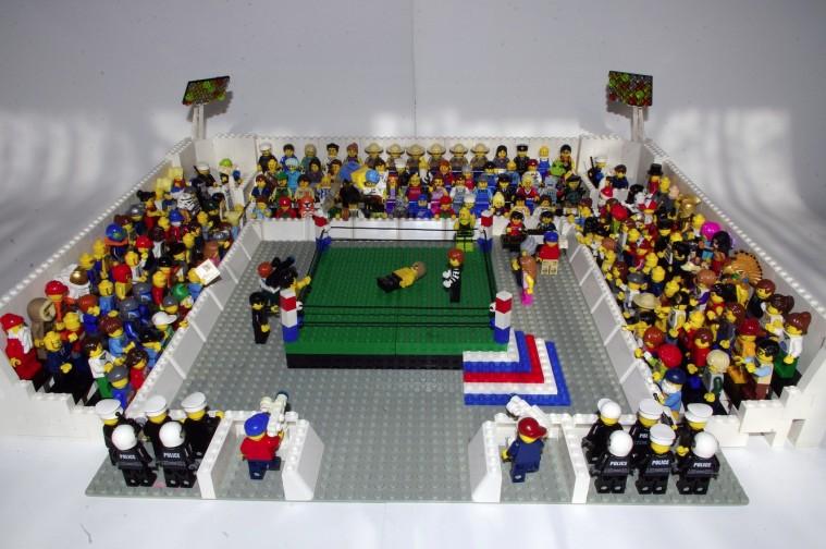 Lego Wrestling - 019