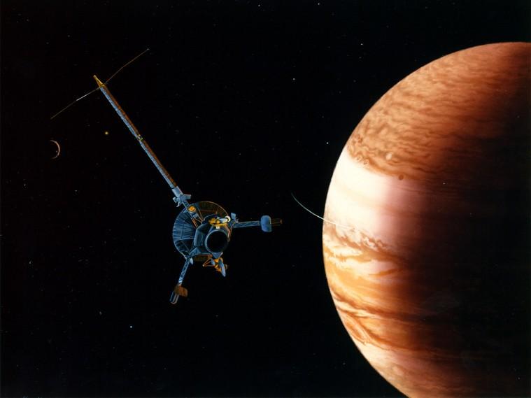 Galileo-Jupiter-Arrival-01