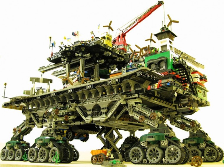 cool-latest-best-fun-toys-gadgets-gifts-for-kids-022010_lego_1