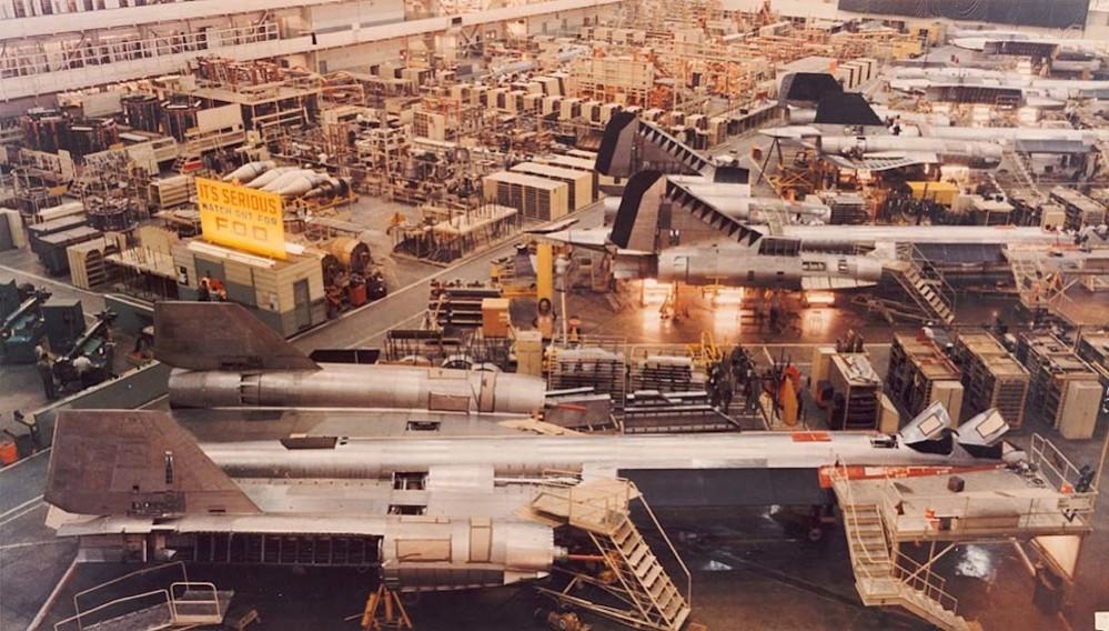 la-fi-aerospace-history141