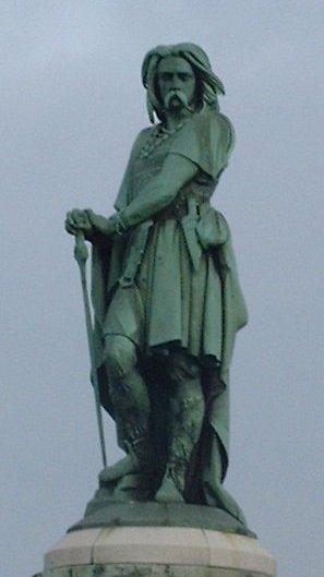 Statue_Vercingetorix_Alesia