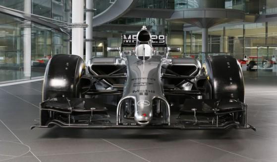 McLaren-MP4-29-frontale_horizontal_lancio_sezione_grande_doppio