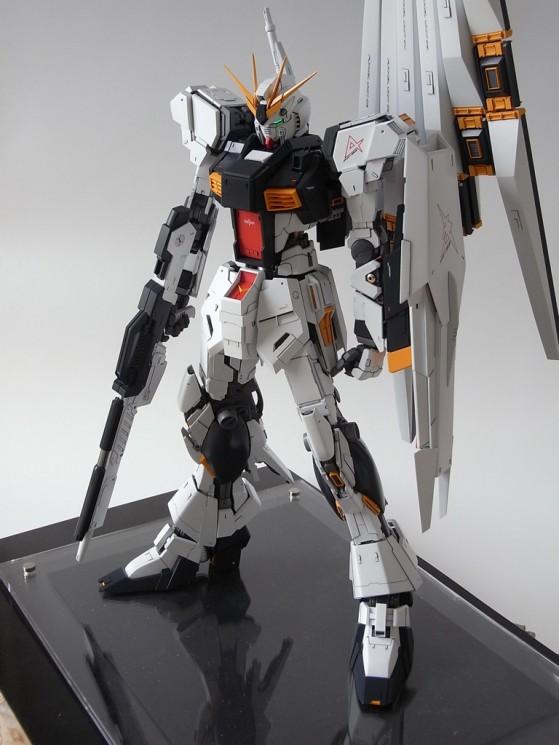 Perfect Grade RX-93