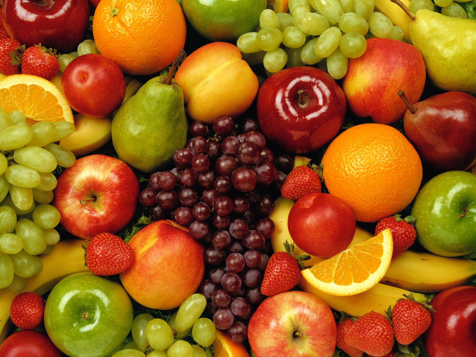 Dall'Albero al Piatto: La Frutta che Mangiamo