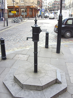 john_snow_cholera_water_pump