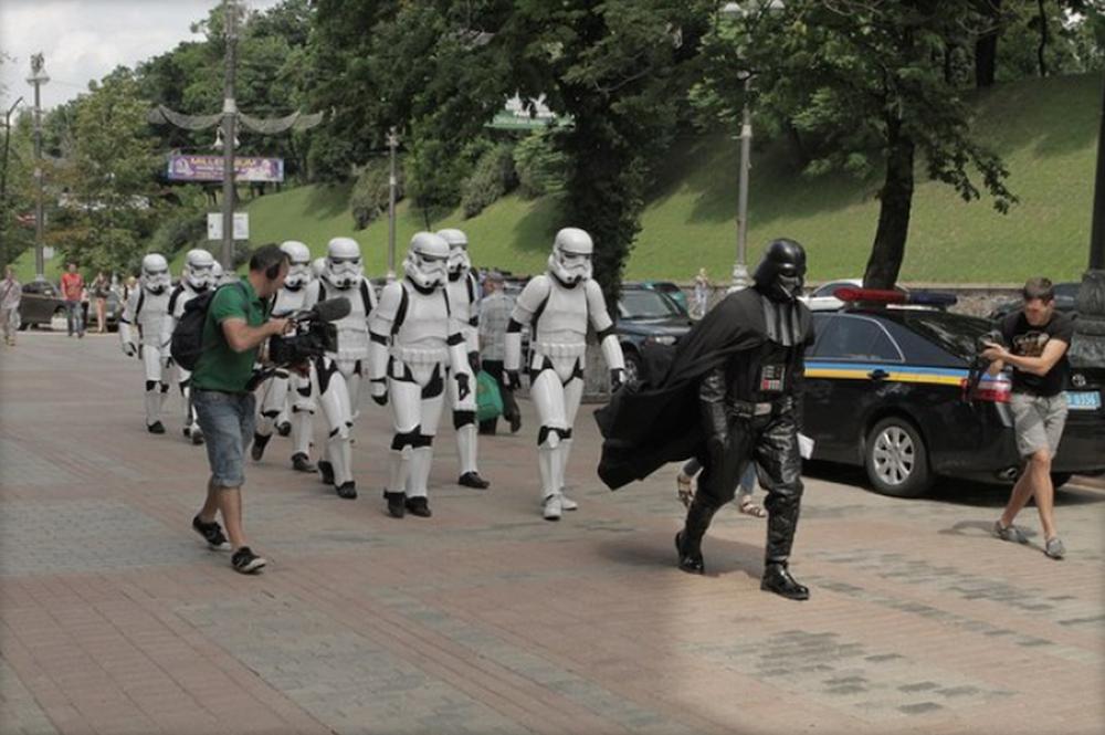 Annullata la corsa alla presidenza di Darth Vader in Ucraina