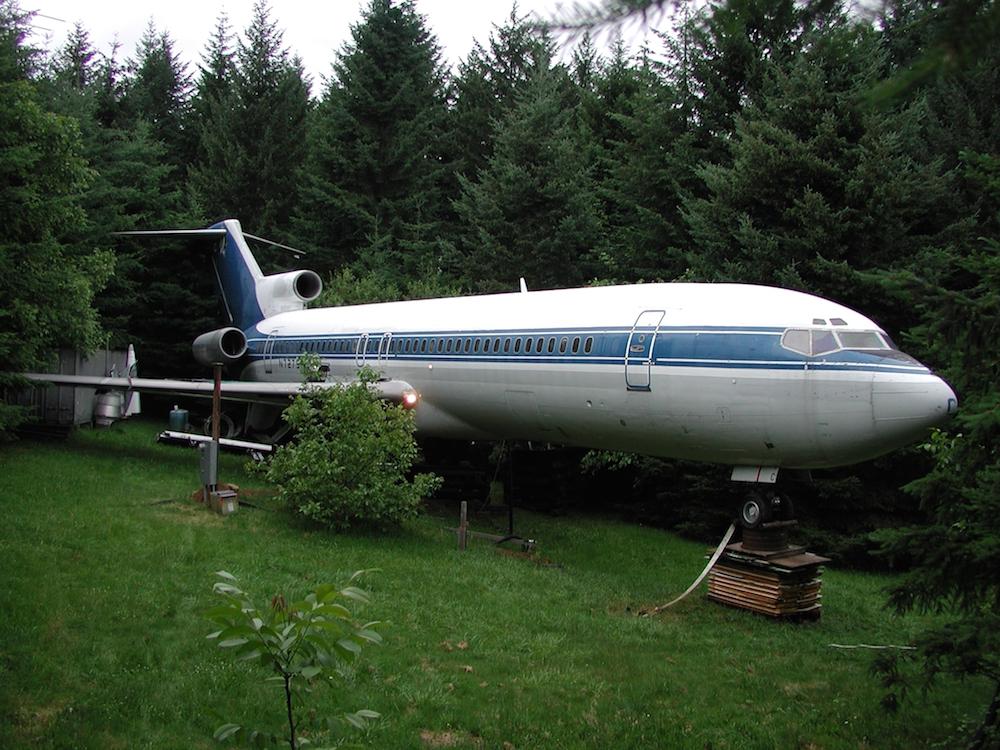 The Airplane Home Project: Vivere dentro ad un Boeing 727