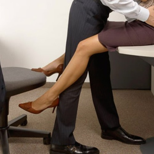 sex_at_work_romance_office
