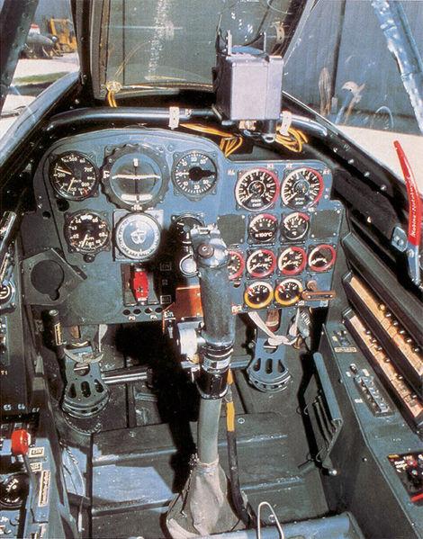 470px-Me262cockpit_color