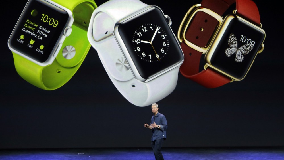 Tim-Cook-Apple-Watches-e1410299884693