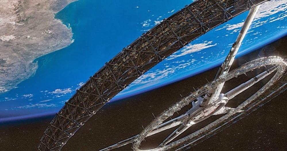 elysium-recensione-toro-spaziale1-999x525
