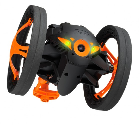 Parrot-Jumping-Sumo-is-tiny-but-can-jump-several-feet-high