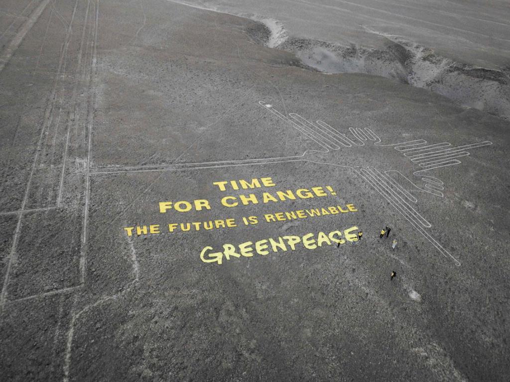 Greenpeace chiede scusa per aver rovinato il famoso Colibrì di Nazca