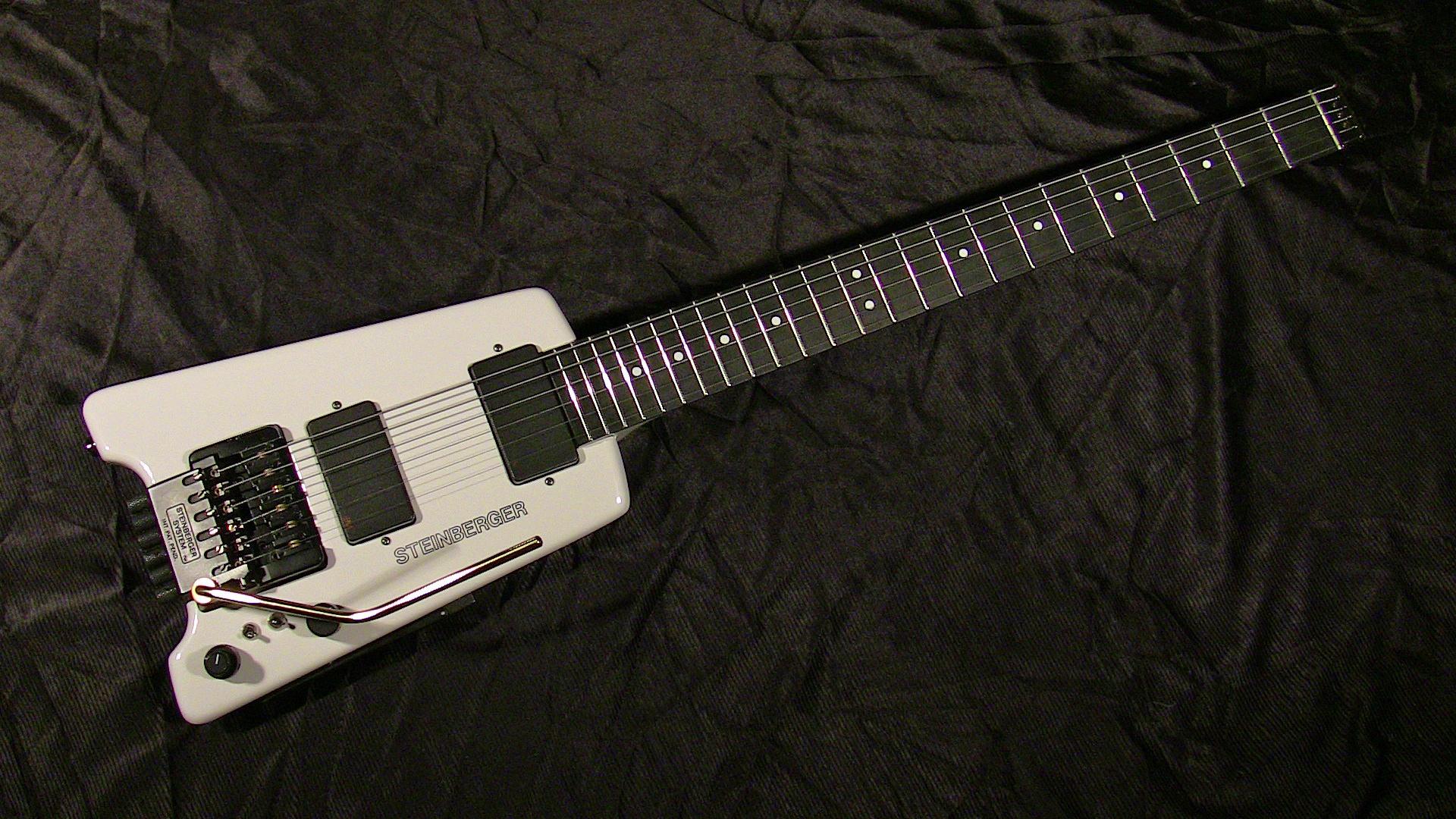 Steinberger, storia della chitarra più nerd di sempre