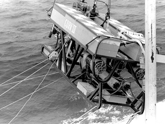 CURV-III_PISCES_RESCUE_-_NAVY_PHOTO_1973