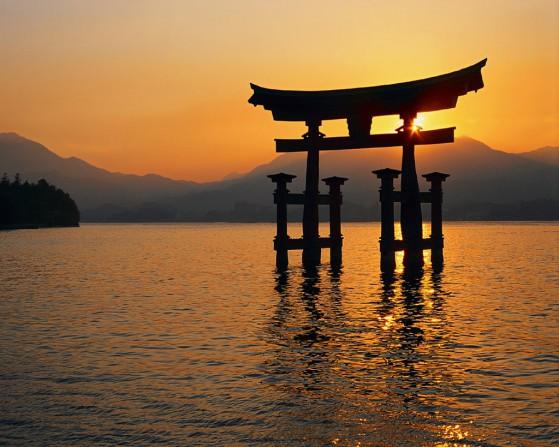 Japan - Floating Tori