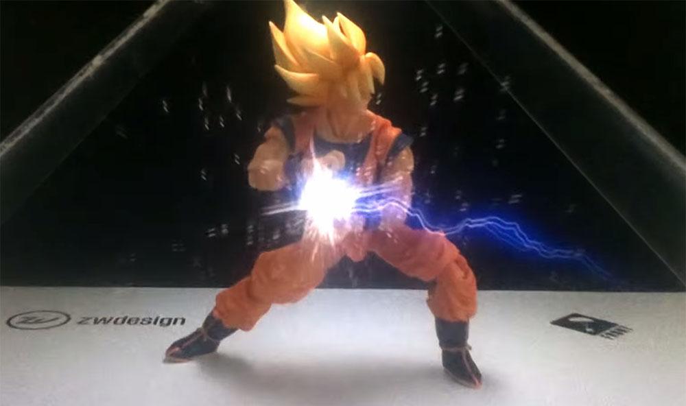 Goku, action figure con ologramma
