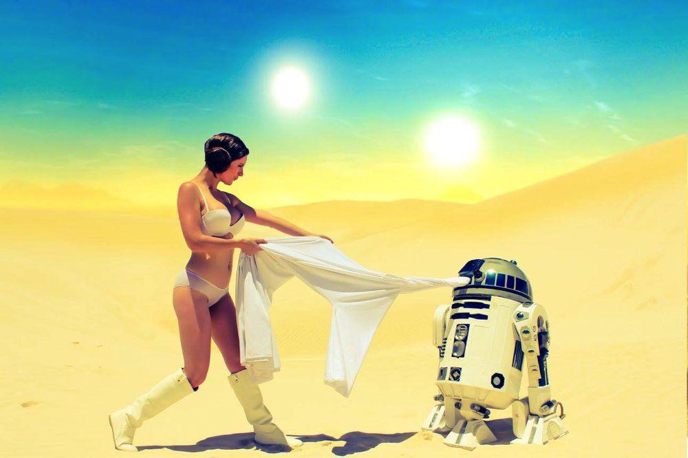 Lady Jaded in Leia on Tatooine