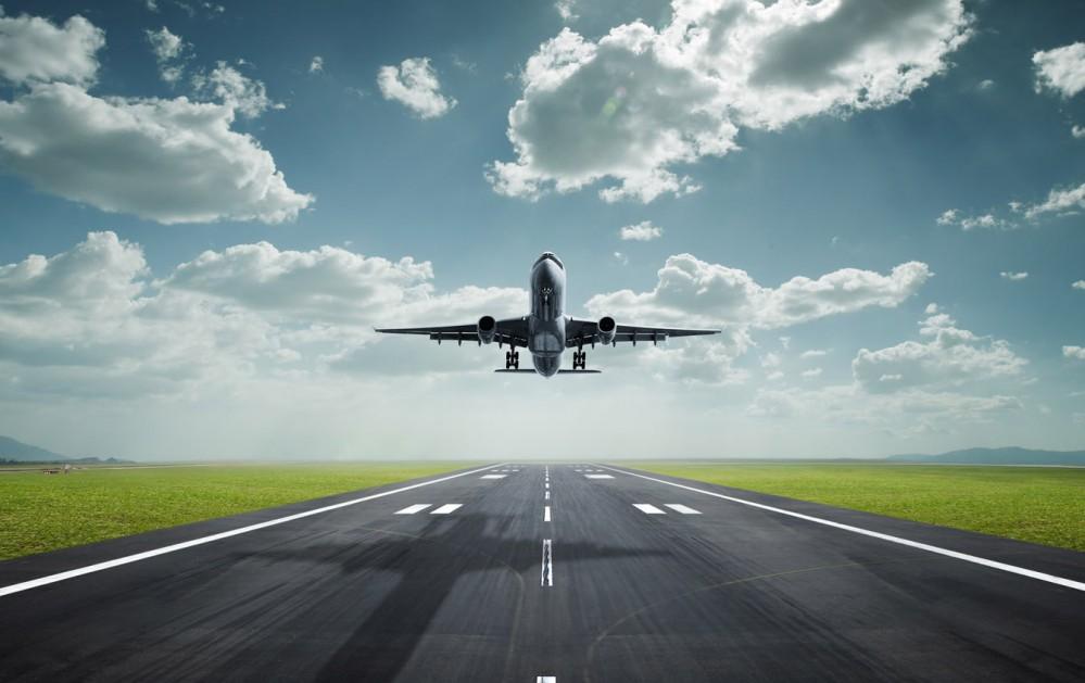 World_Travel___Tourism_airplane_landing_018988_