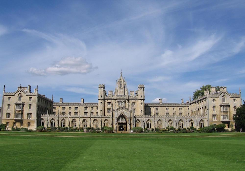 Trovati 1300 scheletri umani sotto l'università di Cambridge