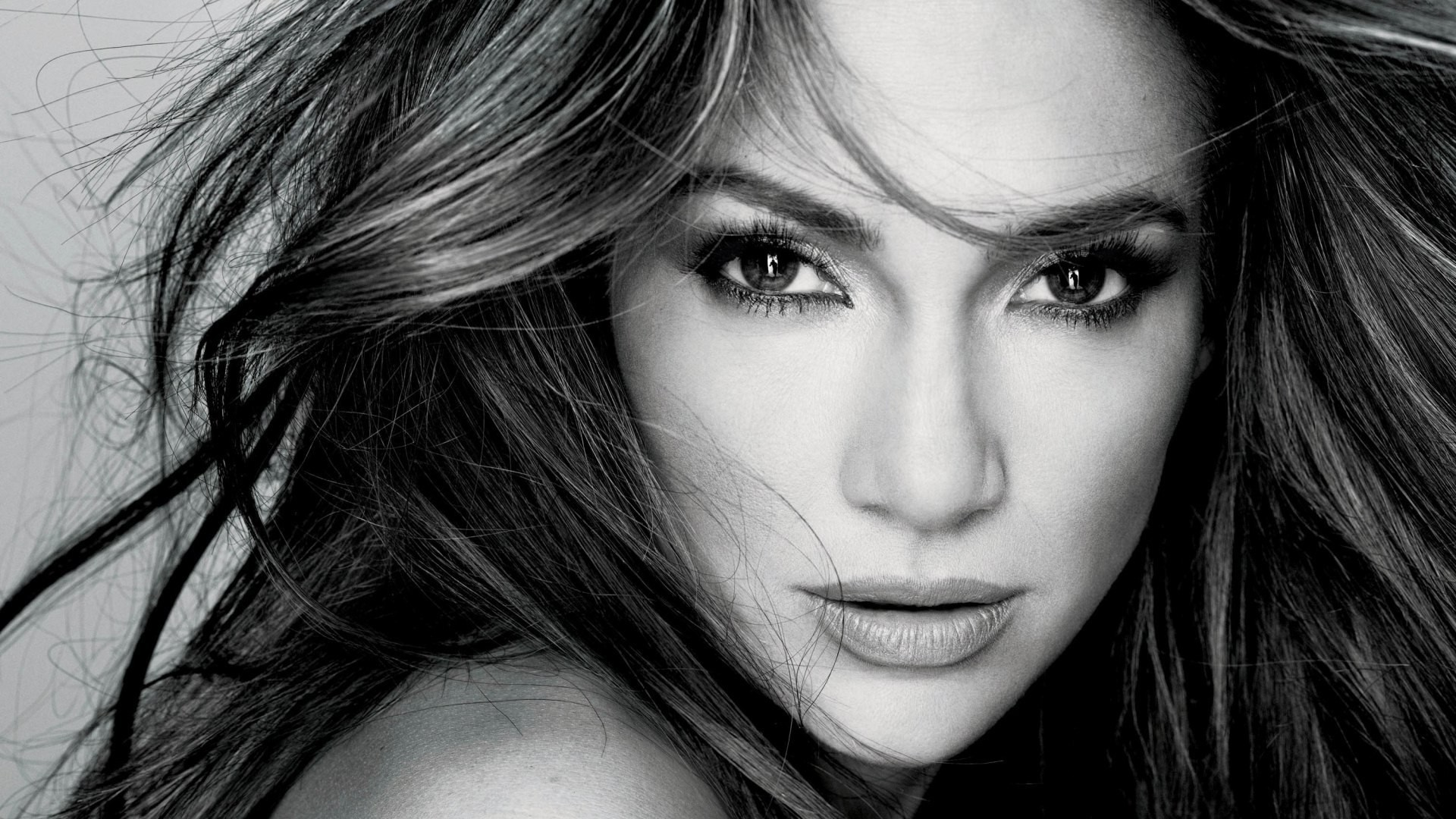 The Mother:  Jennifer Lopez sarà protagonista e produttrice del film