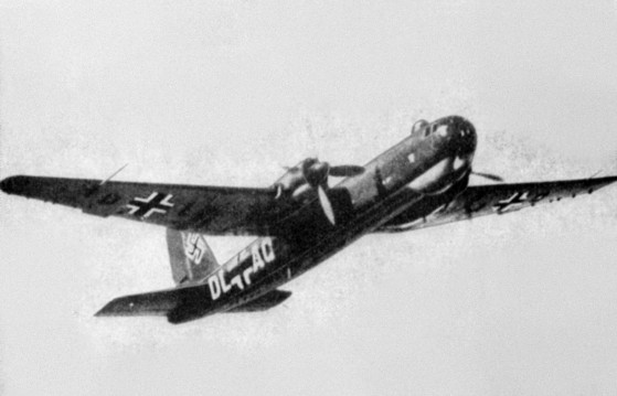 Heinkel_He_177A-02_in_flight_1942