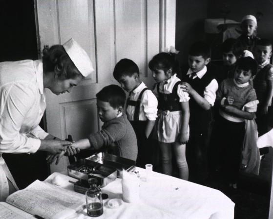 vaccini vintage
