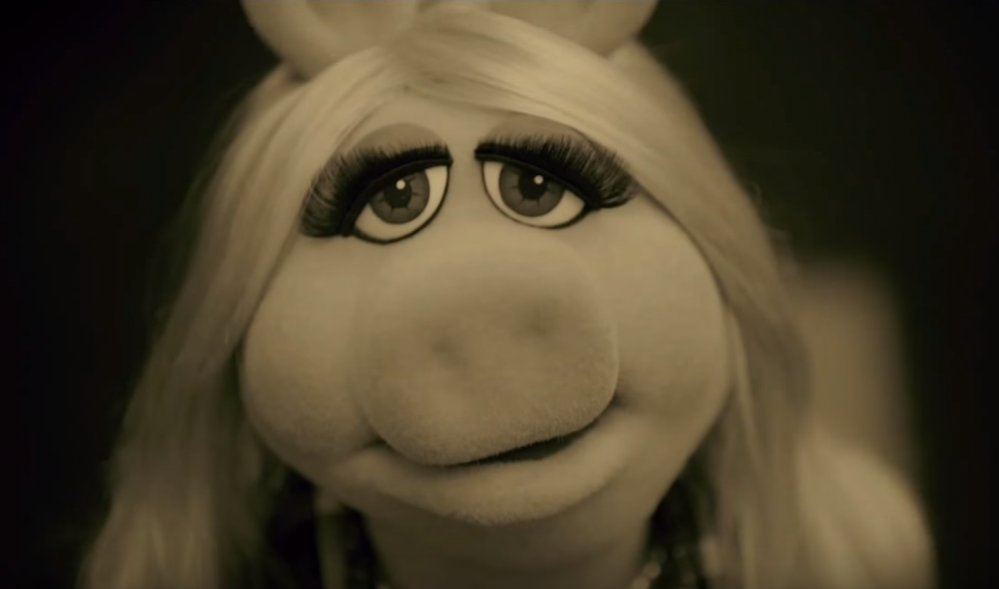 Miss-Piggy-Hello-Cover
