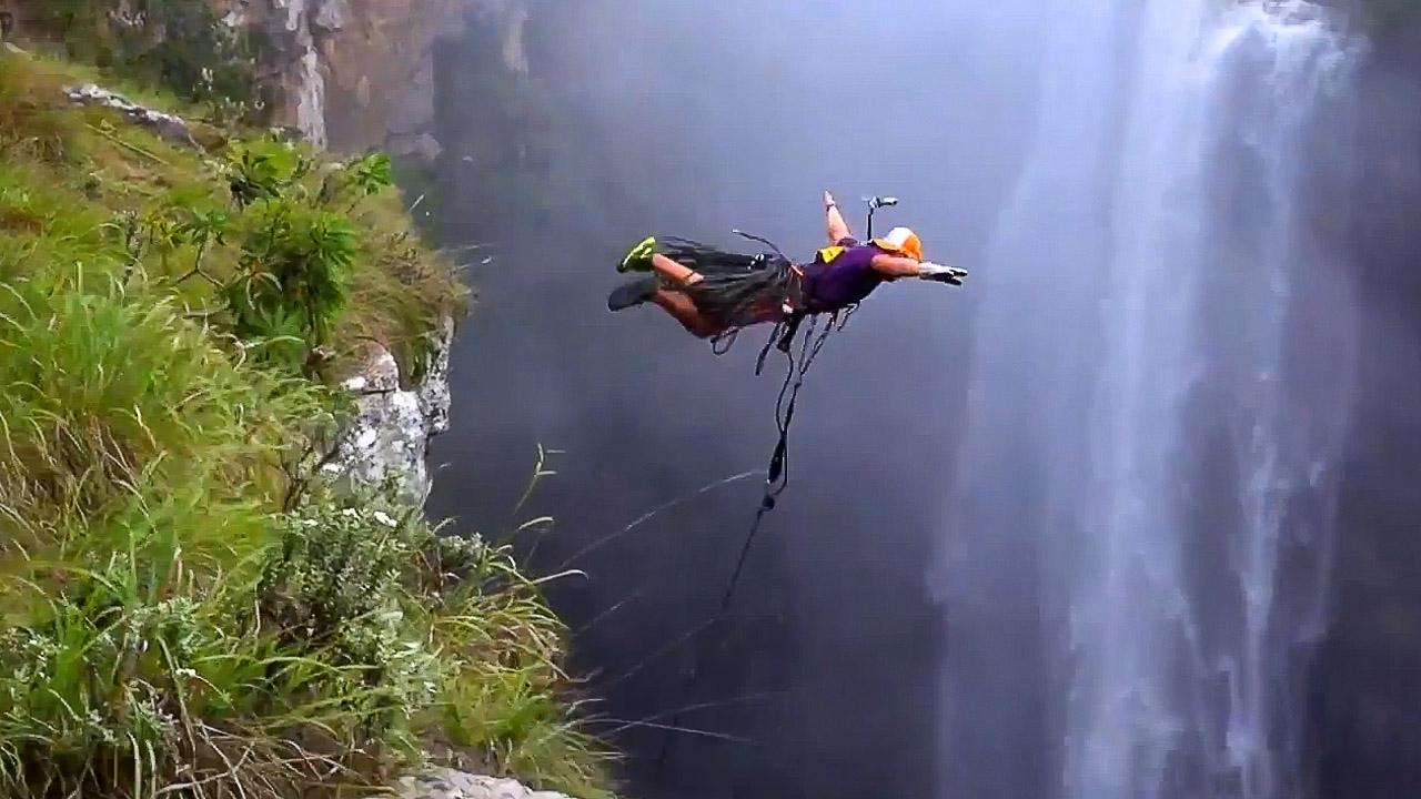 In caduta libera: la fisica gli salva la vita