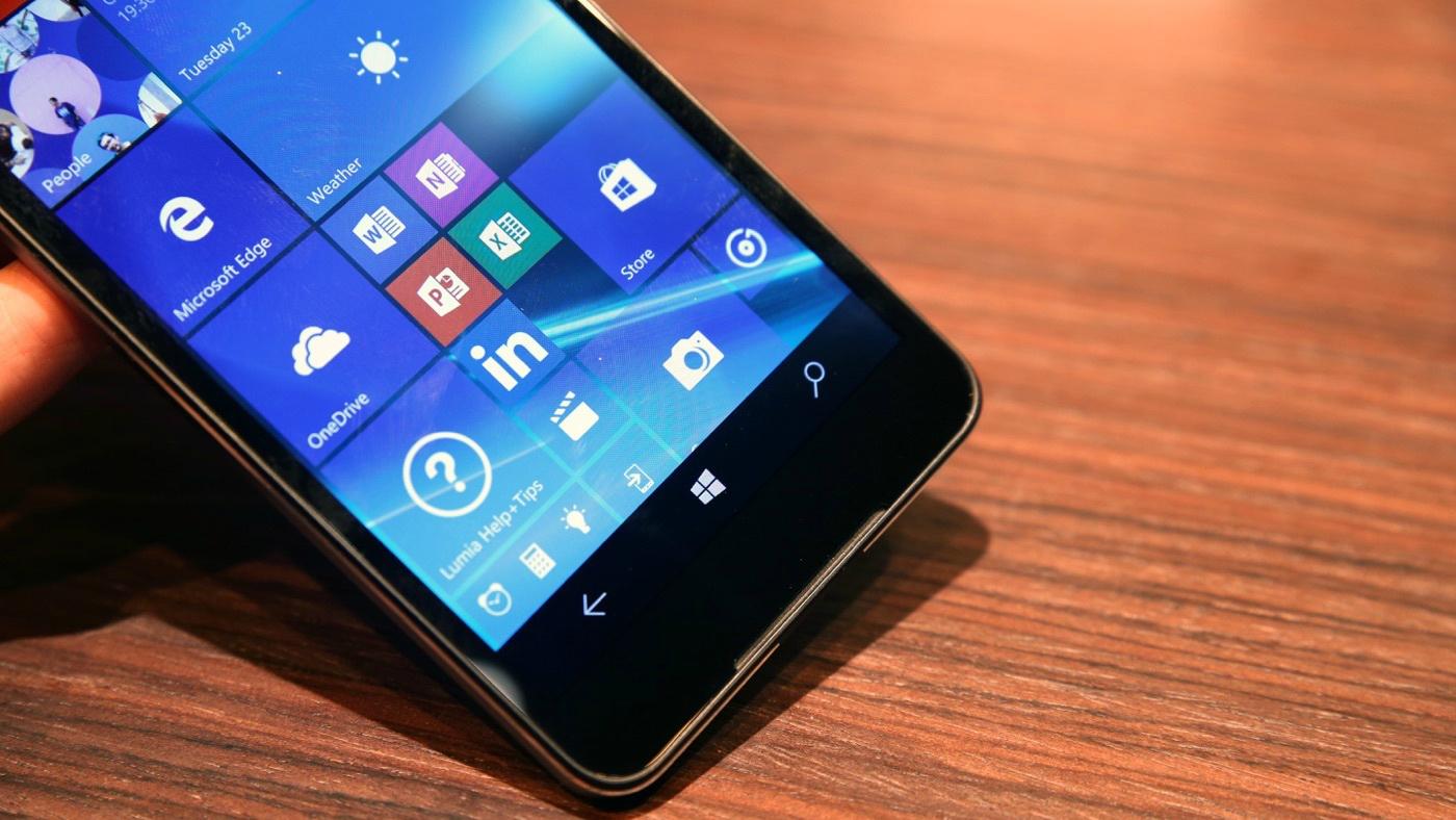 Uno sguardo al nuovo Microsoft Lumia 650