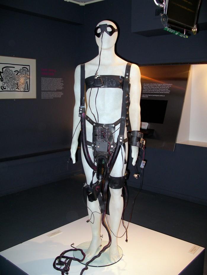 Teledildonics_suit