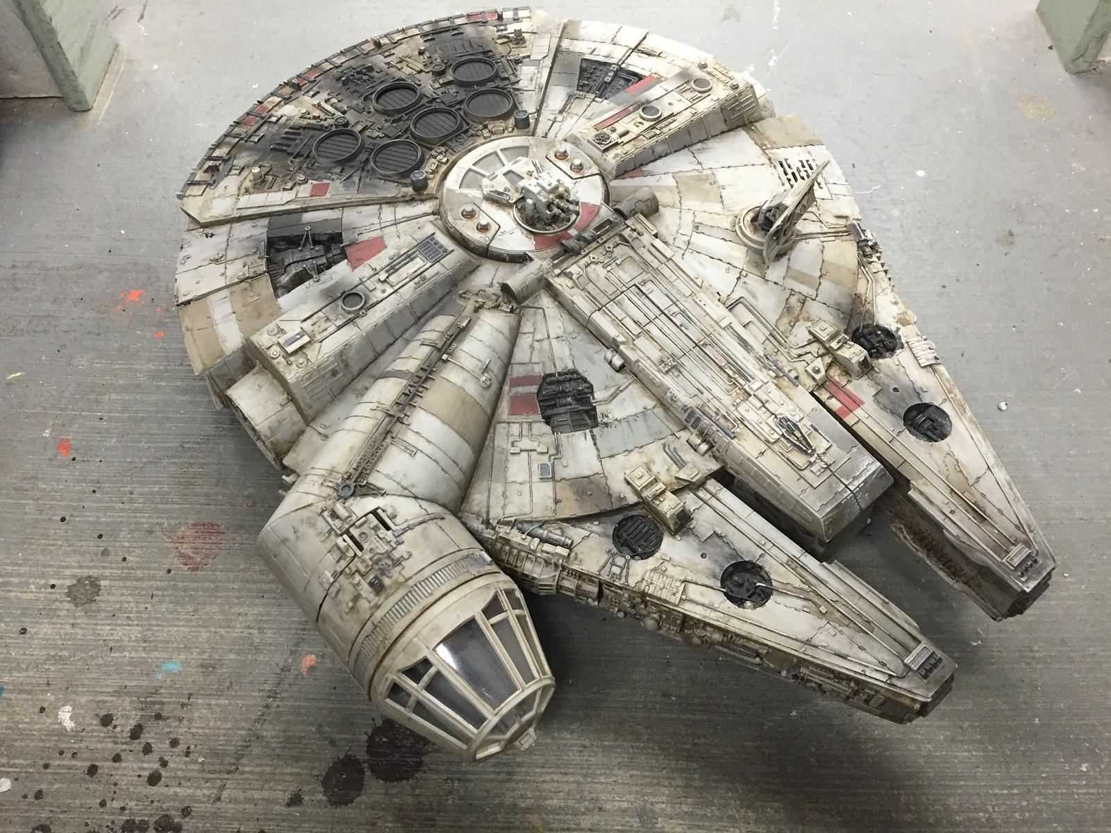 Millennium Falcon, da giocattolo a semi-prop