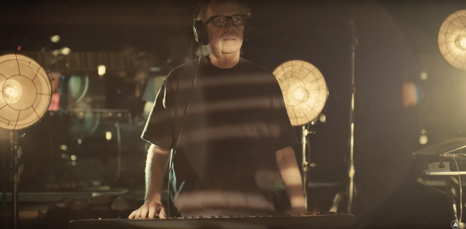 Distant Dream, il nuovo videoclip di John Carpenter