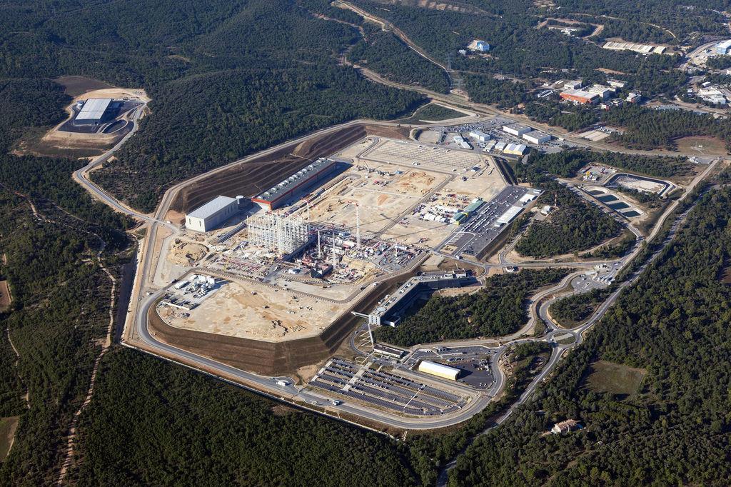 Iter: fusione nucleare a corto di fondi