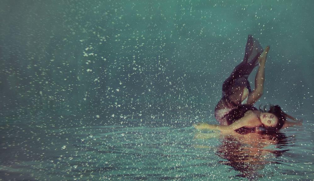 La grazia acquatica delle foto di Mallory Morrison
