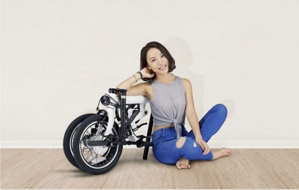 6-8-cool-highlights-of-Mi-QiCYCLE-electric-folding-bike-681x433