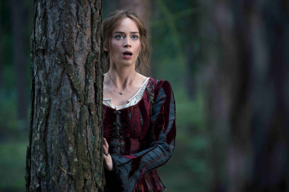 Emily_Blunt_is_officially__Mary_Poppins_Returns_
