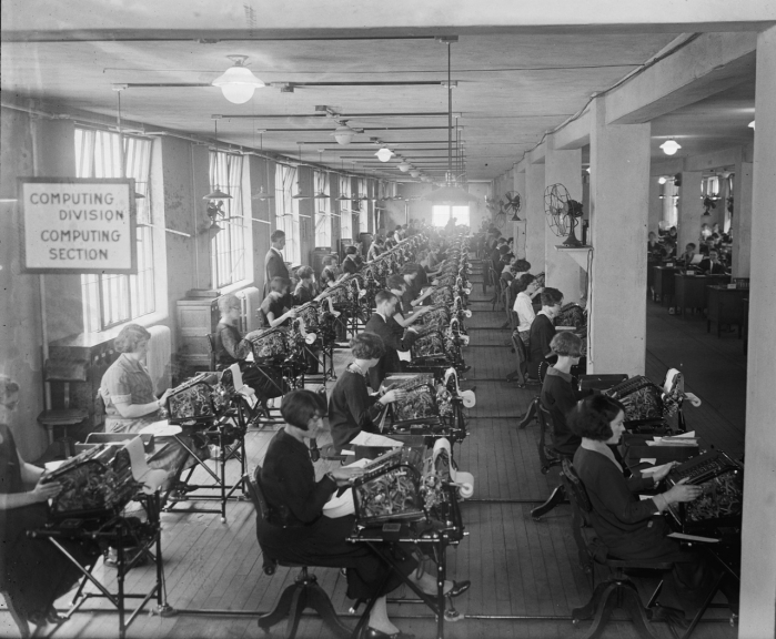 "Library of Congress, National Photo Company Collection. LOC Title: ""Bonus Bureau, Computing Division"", 11/24/24. LC-DIG-npcc-12637."