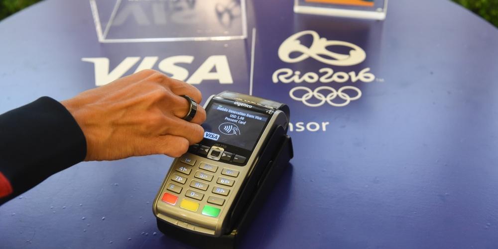 Visa introduce un anello per pagamenti NFC