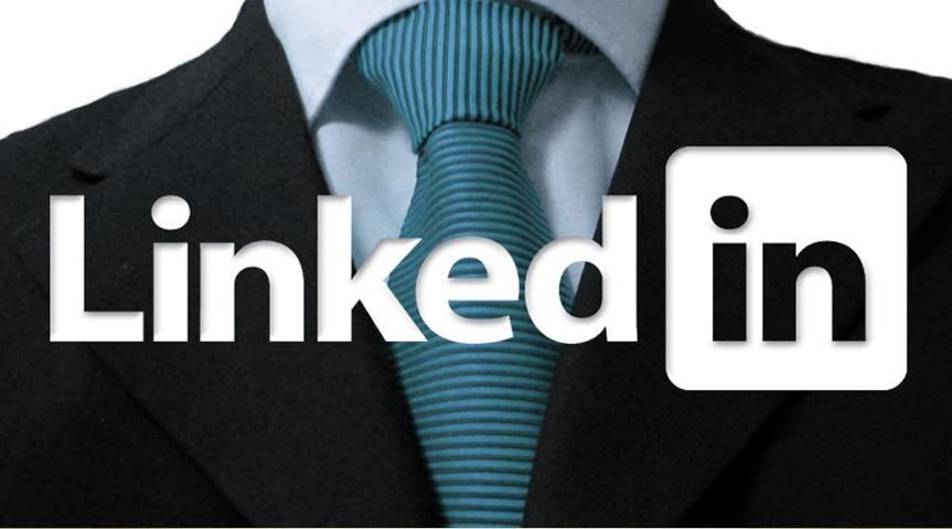 Linkedin vuole copiare Clubhouse: il social di Microsoft lavora alle chat vocali