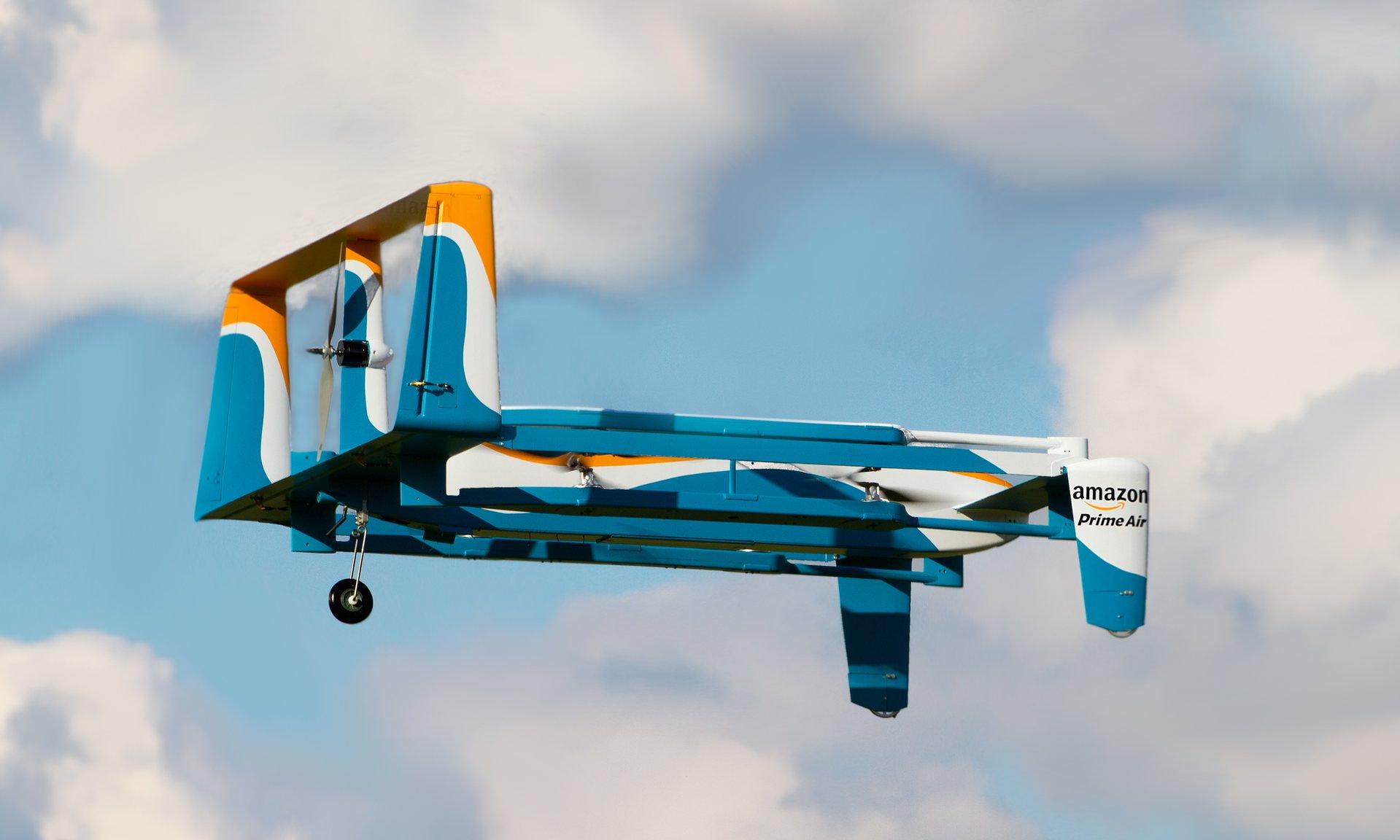 Amazon testerà le consegne con i droni in UK