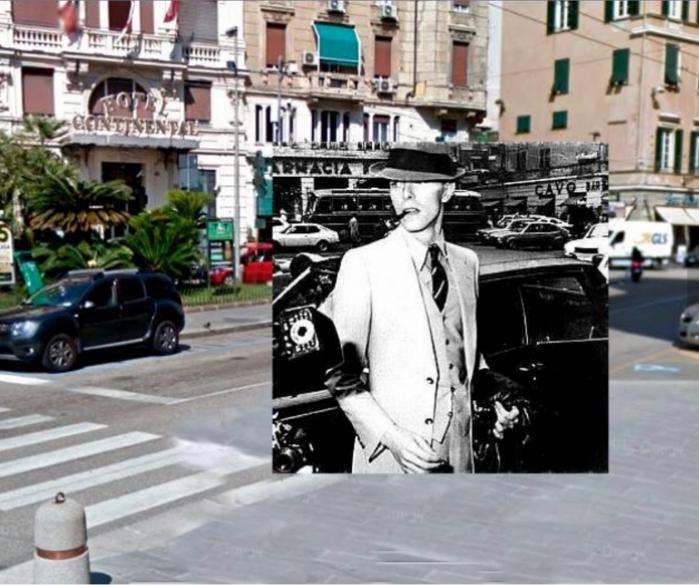 David Bowie di fronte all'Hotel Continental di Genova, all'incrocio tra Via Balbi e Via Arsenale di Terra, aprile 1976.