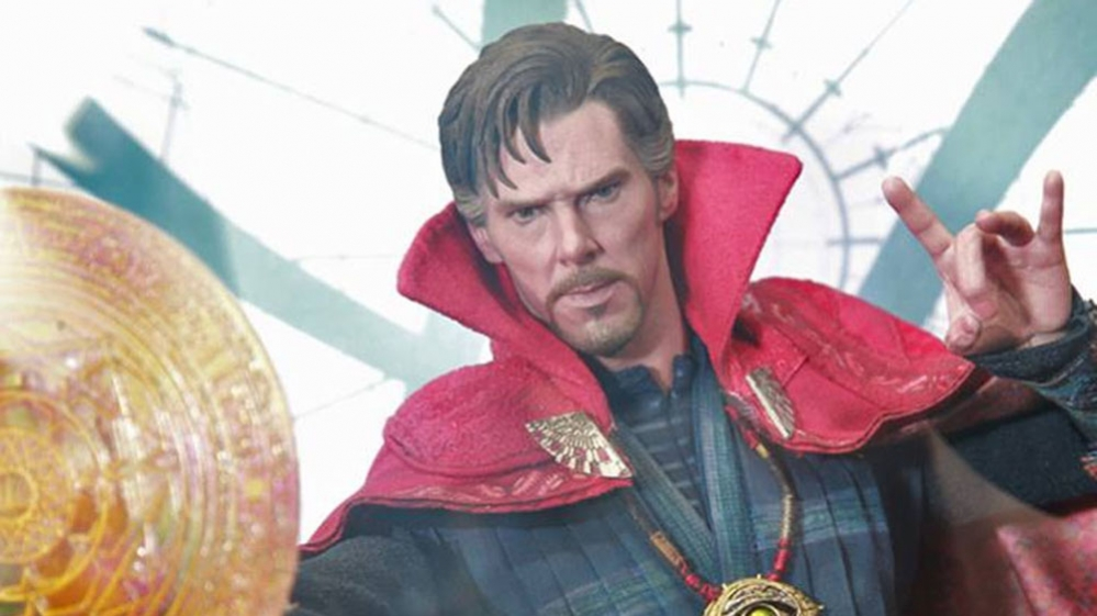 Doctor-Strange-Hot-Toys-featured