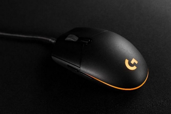Logitech_G_Pro_Gaming_Orange